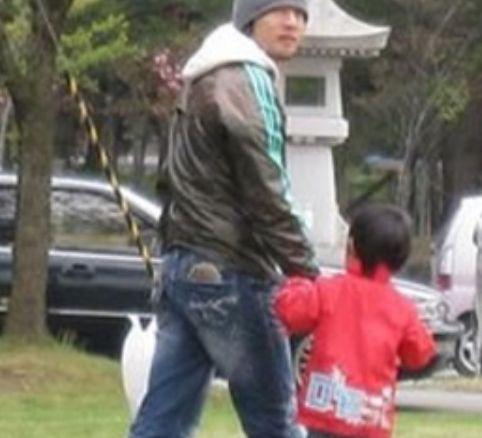 桜井和寿と子供の画像