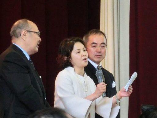 熱海中学校での式典に参加するノッコ
